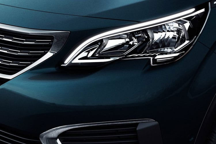 Peugeot 5008 SUV 1.5 BlueHDi 130PS Allure Premium 5Dr EAT8 [Start Stop] detail view